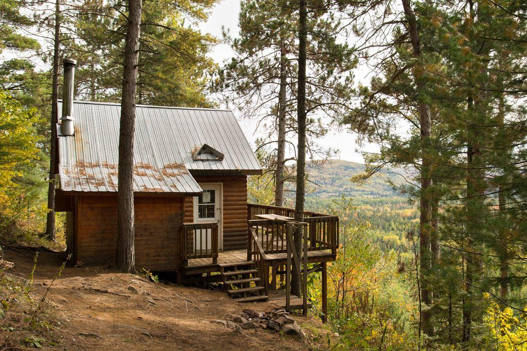Un refuge au parc régional de la Chute-à-Bull