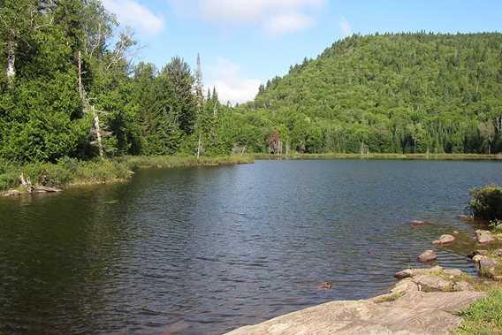 Un lac à la Grande Boucle Zen Nature