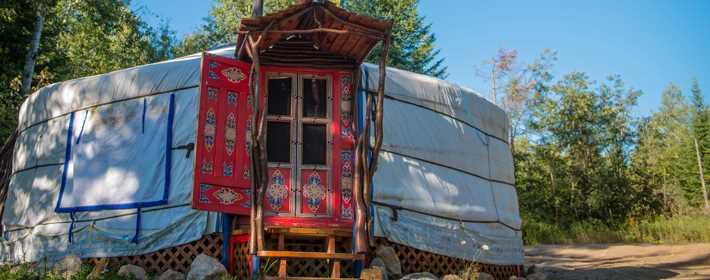 A yurt at Pourvoirie Pignon Rouge Mokocan