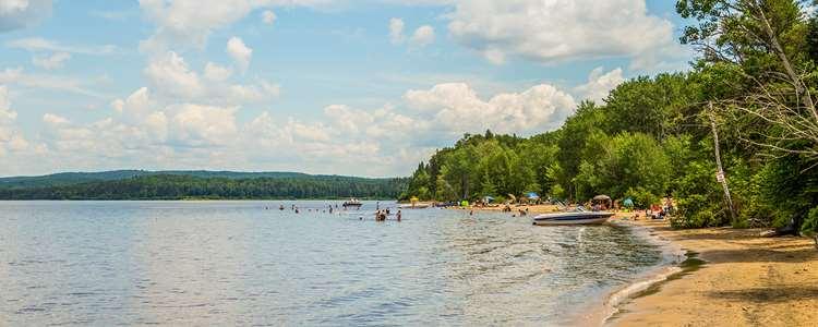 Beach of Lac Taureau