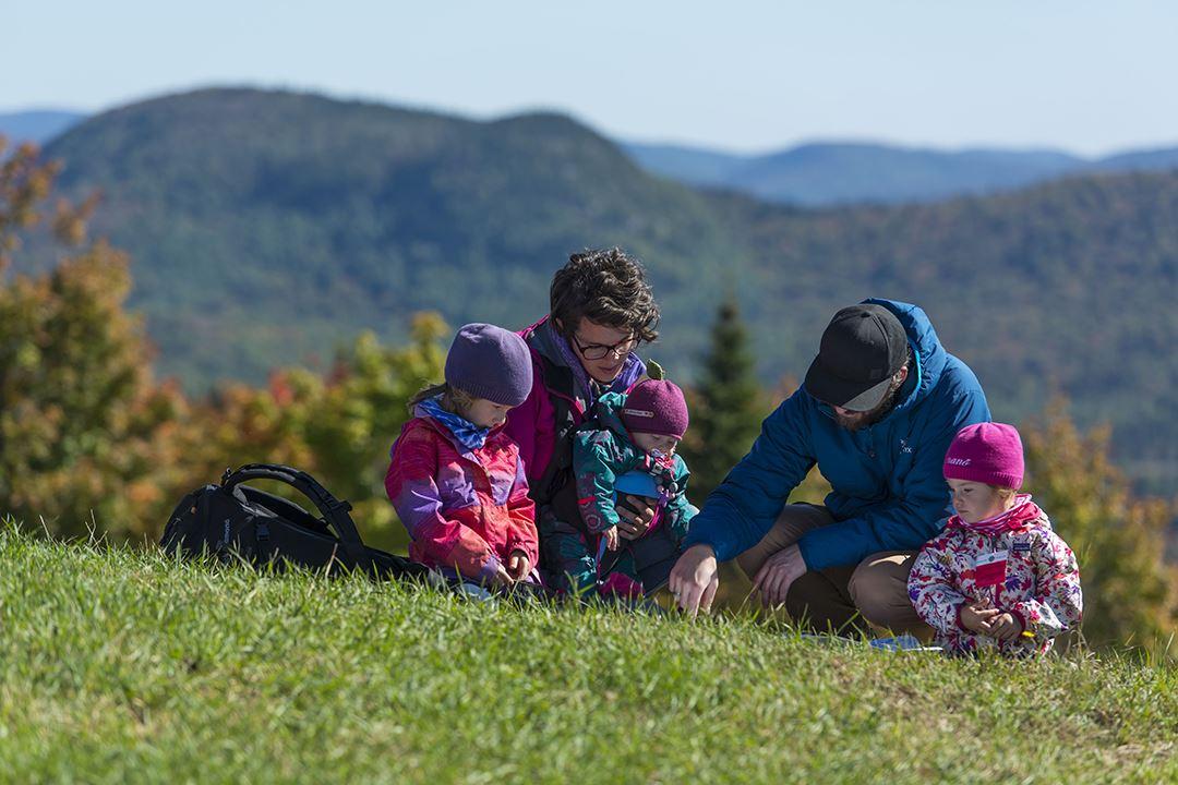 Une famille au Ski La Réserve