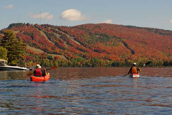 Kayaking at Saint-Donat during fall