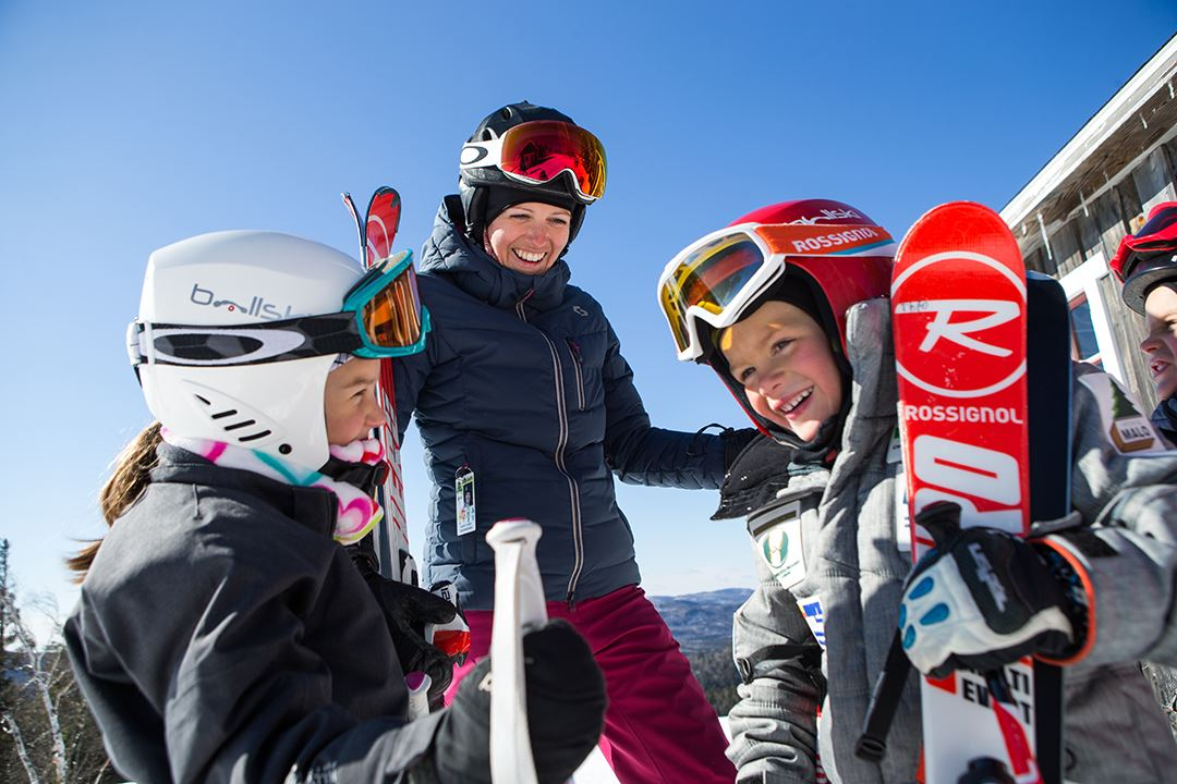 Ski family in Val Saint-Côme