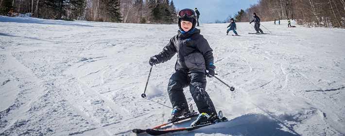 Ecole de Glisse Ski Montcalm
