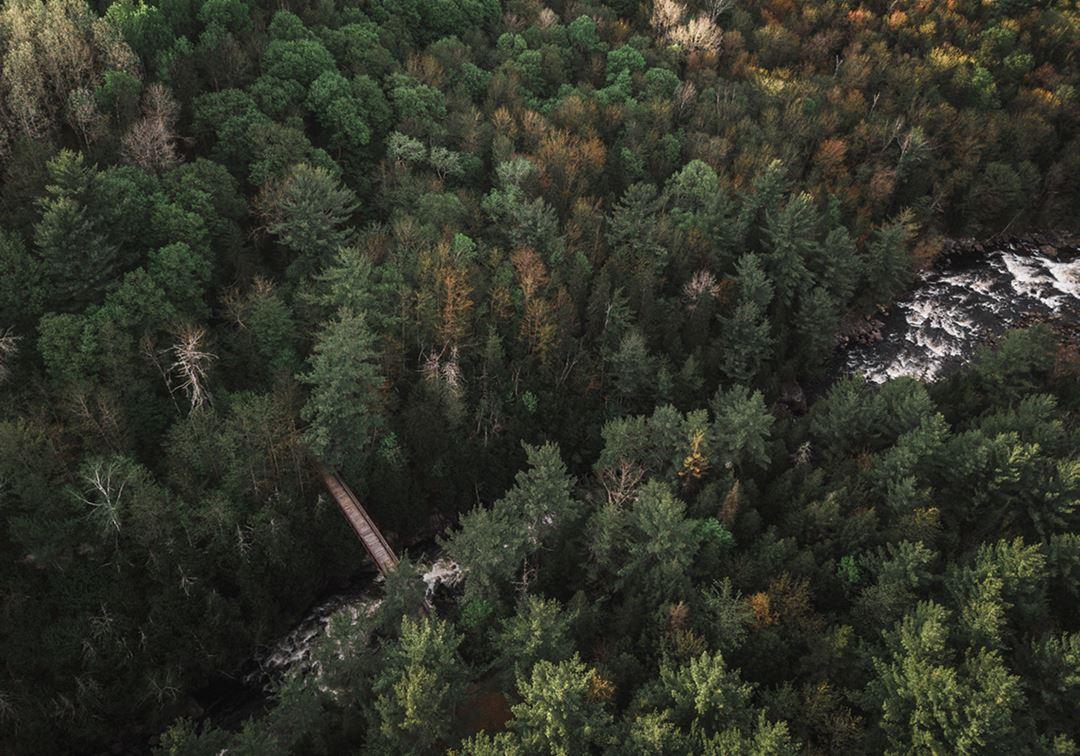 Vue en hauteur du parc régional des Chutes-Monte-à-Peine-et-des-Dalles