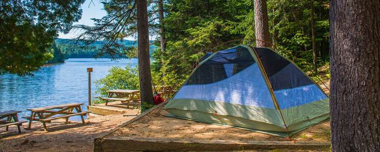 Go on a camping at the Parc national du Mont-Tremblant